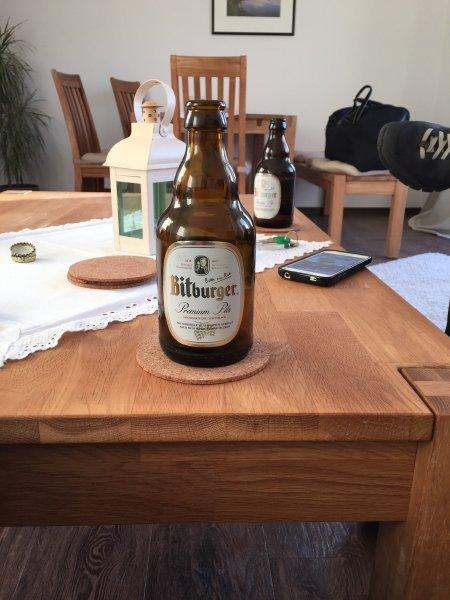 Bitburger Bier, ein guter Einstieg für das Wanderwochenende